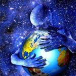 Hugging-Earth